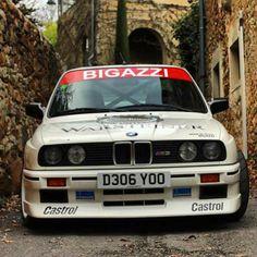 いいね!294件、コメント1件 ― Arekさん(@arek_e30_ny)のInstagramアカウント: 「Front end Friday  @carhauler379  @arek_e30_ny ❤️ #e30#wheels #classic #classiccar #classiccars…」