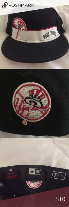 New York Yankees Hat Genuine Merchandise New York Yankees hat! 100% Wool. 7 1/4 hat size. Worn once! Accessories Hats