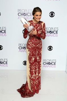 Stana Katic with her 2014 People's Choice Award.