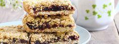 Jammy Davidson Plum Granola Bars - The Australian Superfood Co Splenda Sugar, Healthy Deserts, Healthy Sweets, Savoury Cake, Vegan Gluten Free, Low Carb Recipes, Sweet Recipes, Sweet Tooth