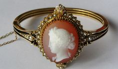 19th century Imperial Russian gold cameo bracelet with pearls