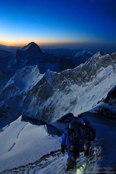 I want to climb it!! Bucket list!!!  Mount Everest climbing at sunset #mountain #mounteverest #sunset