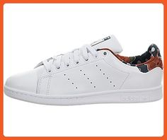 Adidas Women's Stan Smith W Originals Ftwwht/Ftwwht/Utigrn Casual Shoe 7.5 Women US - Sneakers for women (*Amazon Partner-Link)