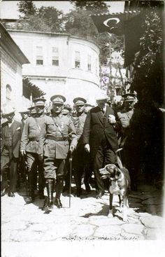 Atatürk Republic Of Turkey, The Republic, Turkish War Of Independence, Turkey History, Turkish Army, The Legend Of Heroes, The Turk, Great Leaders, Old Dogs