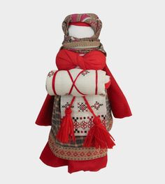 Wonderful traditional Russian folk dolls, via Depst