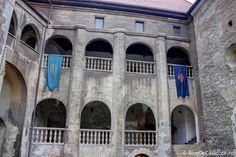 Castelul Corvinilor (Castelul Huniazilor) Vlad The Impaler, Nun, Palaces, Homeland, Hungary, Romania, Prison, Castles, Gothic Castle