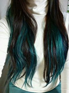 Peacock hair color style