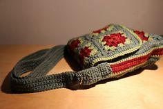 Ravelry: Messenger Bag pattern by Judith L. Swartz