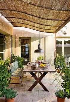 Bamboo Fence Ideas For Balcony Privacy - Balcony Decoration & Eco-Friendly Garden Ideas Patio Gazebo, Backyard Pergola, Patio Roof, Patio Chairs, Pergola Kits, Pergola Ideas, Pergola Roof, Diy Patio, Lounge Chairs