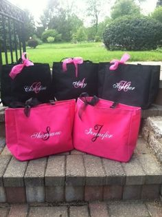 Personalized Bridesmaid Totes Monogrammed - Set of 10 - Bridal Party Gifts…