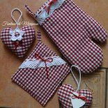 Diy Crafts Hacks, Crafts To Sell, Blue Jean Purses, Quilt Patterns, Sewing Patterns, Sewing Crafts, Sewing Projects, Apron Designs, Pot Holders