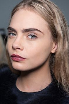 Tweeze, Wax, or Thread? Your Guide to Perfect Eyebrows