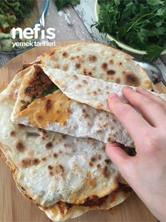 Turkish Borek, Turkish Kitchen, Good Smile, Pastry Recipes, Live Long, Meal Planning, Pizza, Food And Drink, Bread
