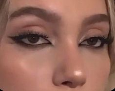 Indie Makeup, Edgy Makeup, Makeup Eye Looks, Grunge Makeup, Eye Makeup Art, No Eyeliner Makeup, Cute Makeup, Pretty Makeup, Skin Makeup