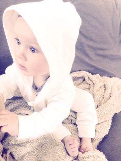 De basic onesies gaan als warme broodjes! <3 #marbulous #babyboy #onesies #cute