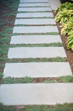 how to set flagstone in grass | concrete pavers, walkways and