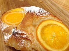 オレンジのデニッシュ。爽やかな香りが広がる。ETみたい。 ET !!!