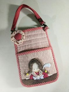 Image gallery – Page 298152437828299893 – Artofit Big Bags, Cute Bags, Cell Phone Wallet, Fabric Bags, Beautiful Bags, Mini Bag, Embroidery Patterns, Diy And Crafts, Sewing Projects