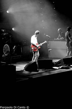 Noel Gallagher's High Flying Birds live @ Bologna