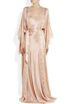 Chic & sexy. ❤❤ Jenny Packham   Lace-trimmed silk-satin robe  