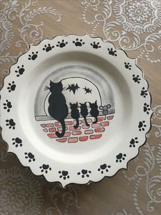 Pottery Painting, Ceramic Painting, Pottery Art, Ceramic Art, Ceramic Plates, Decorative Plates, Decoupage, China Painting, Plate Design