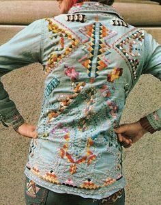Embroidered Denim-vintage embroidery onto denim Hippie Style, Bohemian Style, Boho Chic, Mode Style, Style Me, Denim Vintage, Vintage 70s, Mode Boho, Lesage