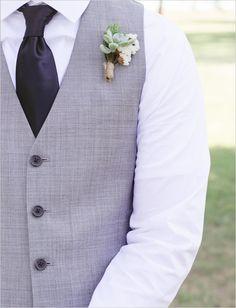 succulent boutonniere http://www.weddingchicks.com/2013/10/21/simple-succulent-wedding/