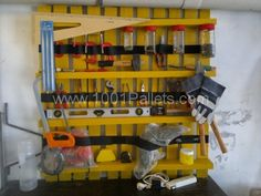 Pallet as tools shelves | 1001 Pallets