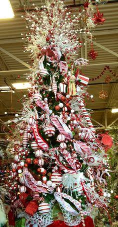 Temática de Pepermint o bastón de dulce de navidad para decoración de Árbol de Navidad. #DecoracionArbolDeNavidad
