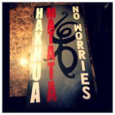 Hakuna Matata sign decor! No worries! Red black and white! Flower