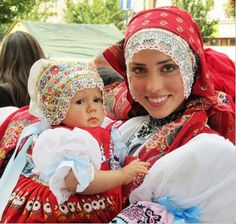 Kyjov folk costumes. ~lbk~ This could be my daughter's twin!