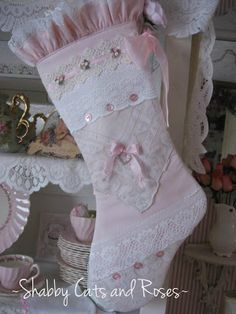 Shabby Cats and Roses:   Christmas Stockings #shabbychic