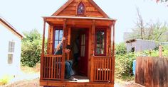 Tiny Houses Might Make You Reevaluate Your Life Choices | The Hunger Site Blog