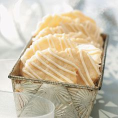 Crisp Lemon Cookies