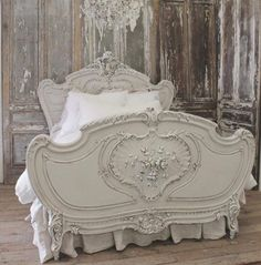 Antique Furniture Victorian French Country 23 Ideas For 2019 Shabby Chic Bedrooms, Shabby Chic Furniture, Shabby Chic Decor, Vintage Furniture, Country Furniture, Painted Furniture, Furniture Design, French Decor, French Country Decorating
