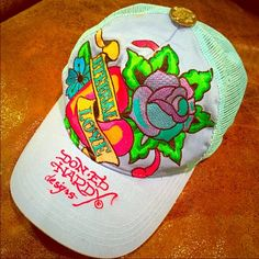Ed Hardy Trucker Hat & Makeup Bundle! Ed Hardy Trucker Hat Good used condition Some make up marks that could probably be cleaned right off RESERVED! mrs easterbunny Ed Hardy Accessories Hats