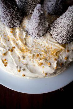 Χριστουγεννιάτικο κέικ φρούτων με γλάσο cream cheese - Myblissfood.grMyblissfood.gr Oatmeal, Pudding, Fruit, Breakfast, Cake, Desserts, Christmas, Food, The Oatmeal