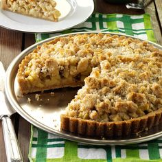 Apple Crumb Tart with Cinnamon Cream Recipe -I love homemade apple pie but don't…