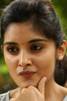 Her expression 😍😍 Beautiful Girl Indian, Beautiful Girl Image, Most Beautiful Indian Actress, Indian Actress Images, South Indian Actress Hot, Indian Actresses, Cute Beauty, Beauty Full Girl, Top Beauty