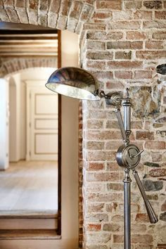 Steampunk: erede del look industrial vintage Pipe Lighting, Vintage Industrial, Ceiling Fan, Steampunk, Interior, Homes, Country, Home Decor, Ideas