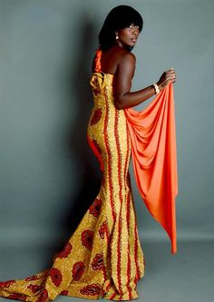 African fashion. This looks amazing on her.