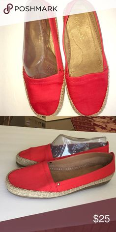 03b418b65ac Solitaire espadrilles flats Worn a couple times in very good condition .. AEROSOLES  Shoes Espadrilles