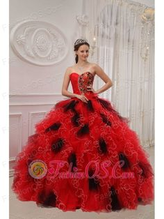 So gorgeous ball gown dress includes design of sweetheart which is generally considered more provocative than other style. You can find that beading and applique decorate the bodice which looks charming.Flirty layers of organza ruffles start form the dropped waist to create a luxury skirt for this eye-catching dress for prom or party. This dress is available in the colors shown on the color palette.