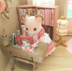 What I love about Sylvanian Families is how they mimic a simpler time of life, hard work and family values. Their accessories and adorable clothing only add to their charm. Calico Critters Families, Critters 3, Beanie Babies, Sylvania Families, Kawaii, Mini Things, Little Doll, Cute Toys, Dollhouse Miniatures