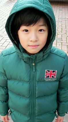 [29/10/2016 ©BM] Korean Entertainment, Kdrama Actors, Height And Weight, Korean Actors, Dramas, Singers, Portrait Photography, The North Face, Kpop