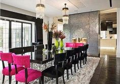 Inspirem-se… Pink!!! com blog Blog Déjà Vu -> http://www.blogsdecor.com/blogdejavu/inspirem-se-pink/ #decor #decoracao #decoracion #pink #rosa #mesa #saladejantar #cadeiras