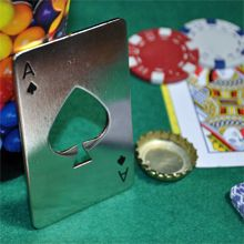 Este abridor con forma de naipe de póquer puede ser tu carta escondida.