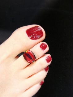Hey, I found this really awesome Etsy listing at https://www.etsy.com/listing/183138733/toe-ring-red-black-swirl-glass-lentil