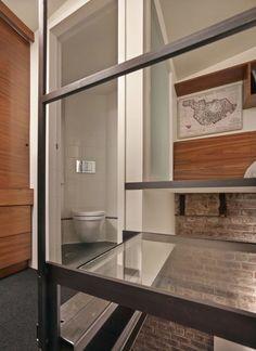 Hay una Casa completa hacinados en este pequeño 98-Year-Old Boiler Room