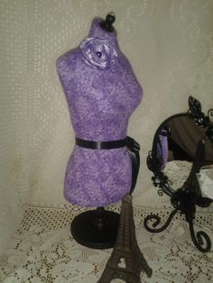 Boutique Dress form designs jewelry display, 19 inch. http://www.Bellacocette.luulla.com